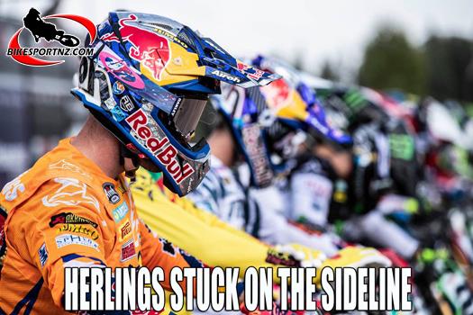 Jeffery Herlings stuck on the sideline