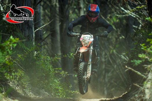 Helensville's Tom Buxton (KTM 350EXC-F), on his way to finishing third in Saturday's two-hour senior race. Photo by Andy McGechan, BikesportNZ.com